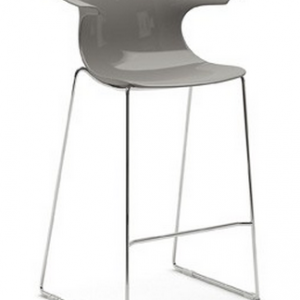Infiniti Loop Bar stool